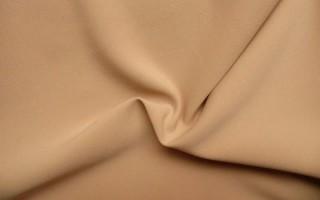 Восхитительная креп-костюмка: что за ткань и как выглядит, плюсы и минусы
