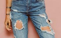 Как восстановить нити в рваных джинсах и сделать рваные джинсы самому