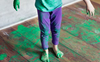 Чем эффективнее оттирать краску с одежды и ткани — неожиданные лайфхаки