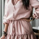 Платье из ткани лайт