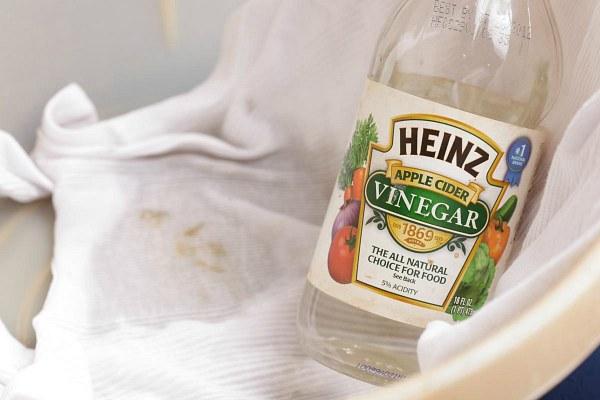 Уксус для очистки одежды